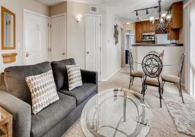 6380 S. Boston Street Bldg 7 #1275 1276, Greenwood Village, Colorado 80111, 2 Bedrooms Bedrooms, ,2 BathroomsBathrooms,Condo,Furnished,Boston Commons,S. Boston Street,2,1272